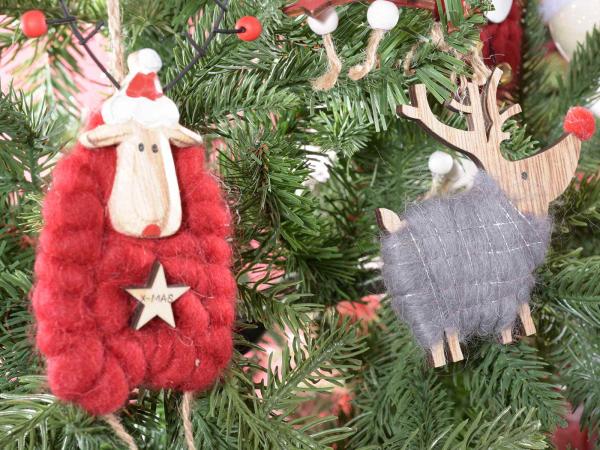 Glob, diverse personaje de Crăciun din lemn și lână 1