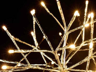 Bilă metalică de Crăciun cu ramificații și 72 beculețe2