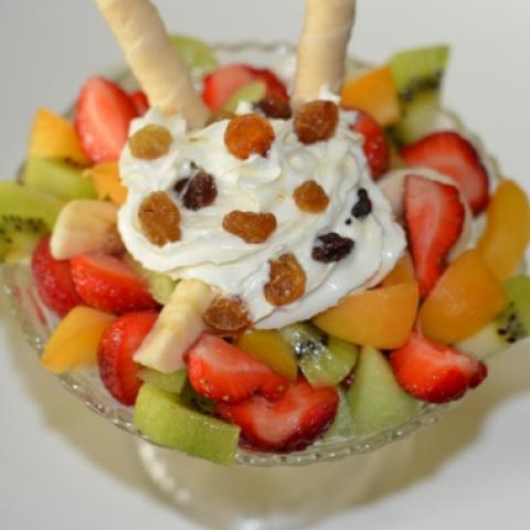 Salată de fructe 0