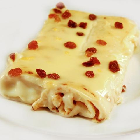 Clătite cu brânză dulce și stafide 0