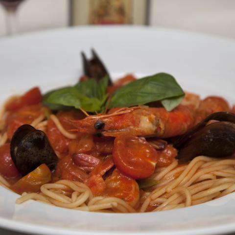 Spaghetti cu fructe de mare picante (Lipovei) 0