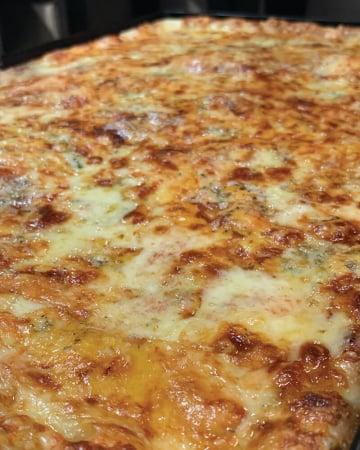 Pizza Family - Quattro Formaggi0