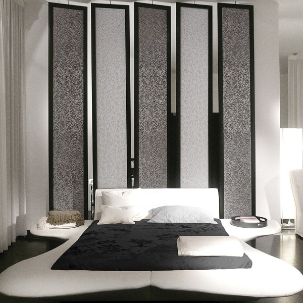 Panou decorativ 13412 FLORAL din piele barocă 3D culoare negru cu argint 3