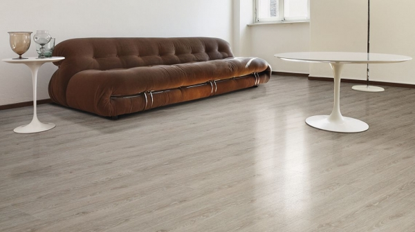PARCHET PLUTA -Limed Grey Oak-HYDROCORK 2