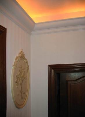 Cornisa de tavan P9012