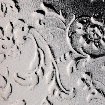 Panou decorativ 14266 FLORALdin piele  barocă 3D culoare Platinum Gri1