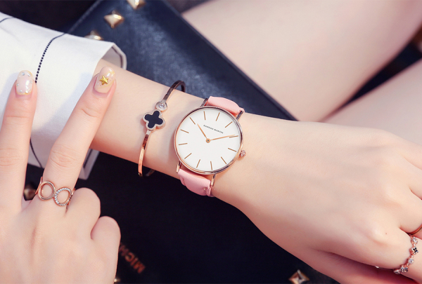 Ceas dama Hannah Martin Quartz Fashion Analog 1