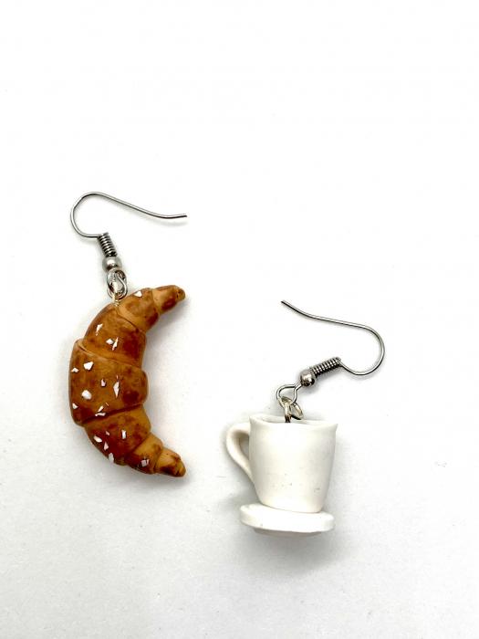 Cercei cu cafea si croissant cercercei - Cercei Handmade 2
