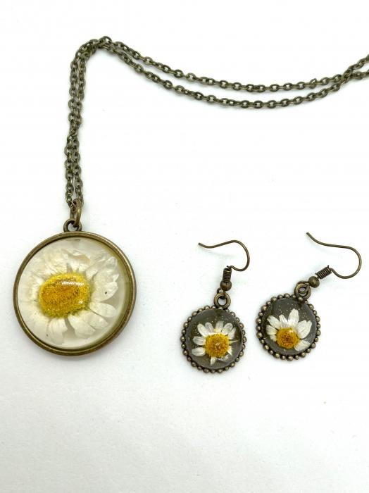 Set de bijuterii cu margatere handmade cercercei 0