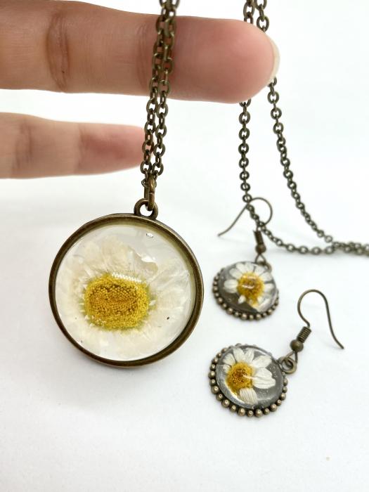 Set de bijuterii cu margatere handmade cercercei 1