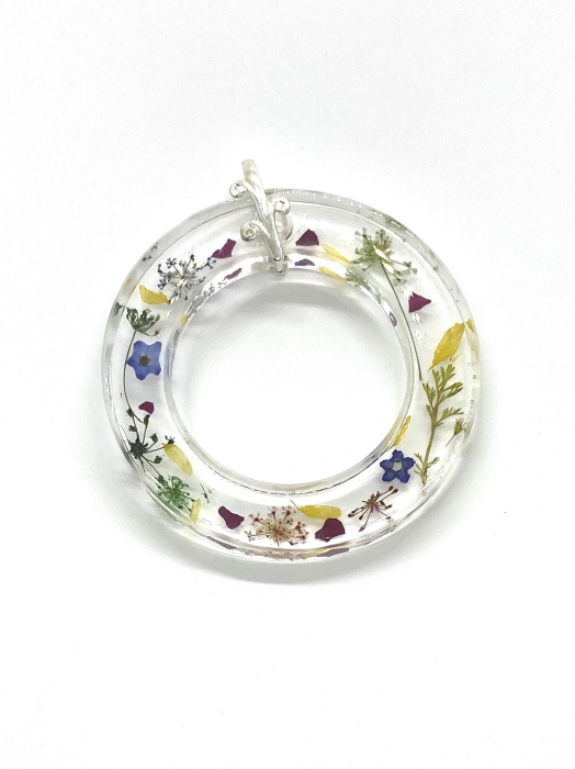 Pandantiv cu flori cercercei [2]