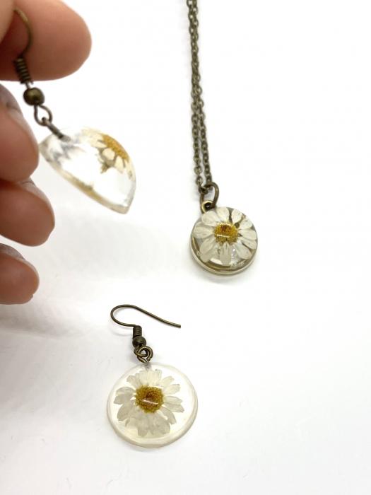 Set de bijuterii cu margarete cercercei 5