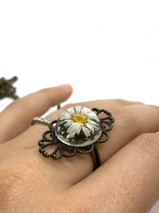 Inel cu flore de margareta cercercei [3]