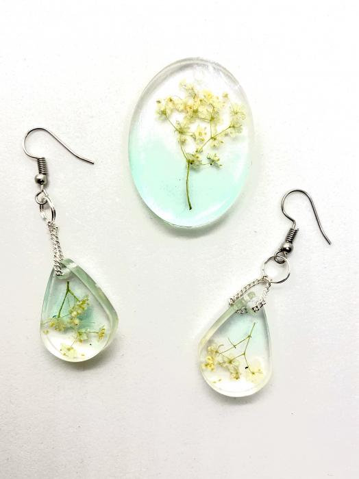 Set de bijuterii cu flori de soc cercercei handmade [0]
