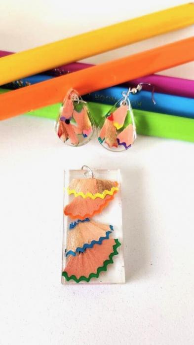 Set creioane colorate reciclate [0]