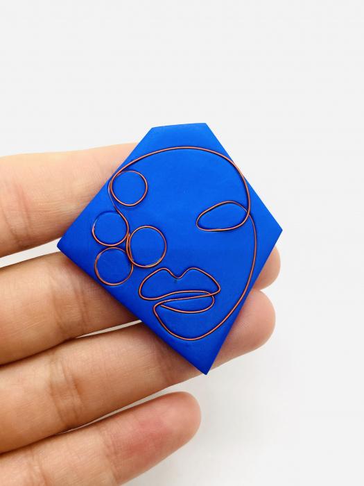 Brosa handmade albastra 0