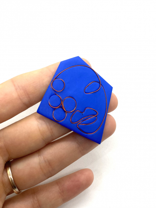 Brosa handmade albastra 7