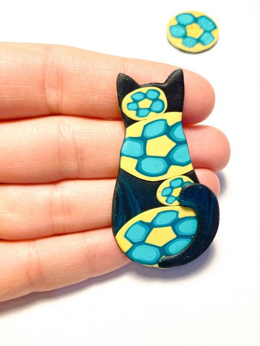 Brosa pisicuta colorata 3