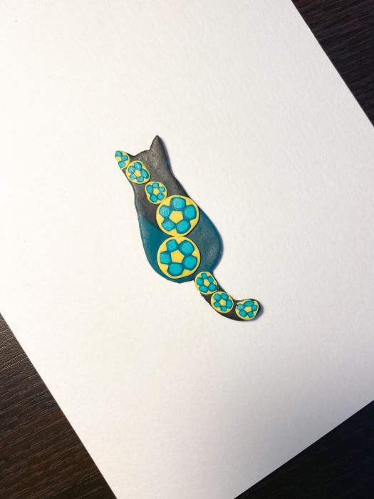 Brosa pisicuta colorata 4
