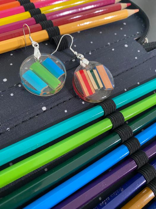 Cercei in forma de cerc cu creioane colorate din argint [8]