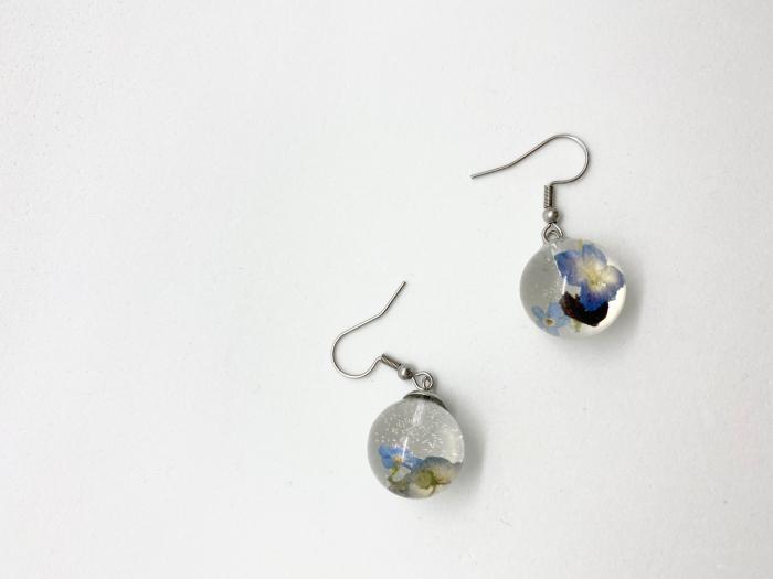 Cercei sfere cu hortensii handmade [4]