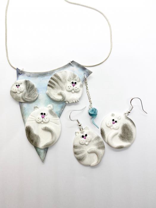 Colier cu pisici haioase 8