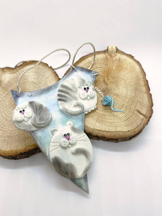 Colier cu pisici haioase 5
