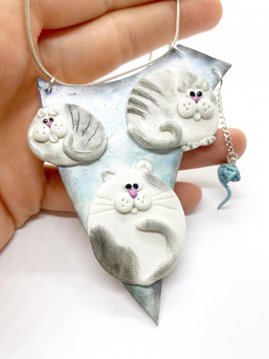 Colier cu pisici haioase [1]