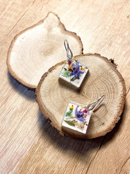 Cercei cu viorele si frunze - Cercei Handmade 3