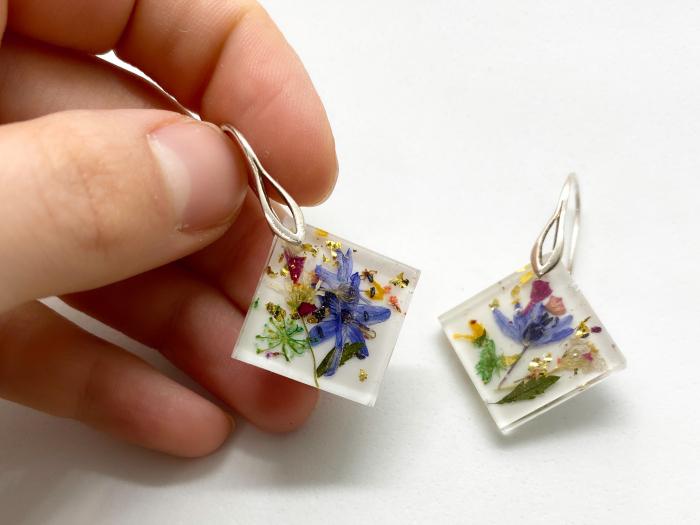 Cercei cu viorele si frunze - Cercei Handmade 1