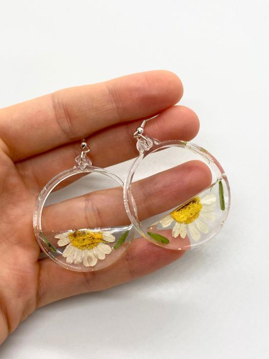 Cercei din argint cu petale si flori de margarete [1]