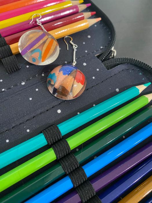 Cercei cu creioane colorate din argint 6