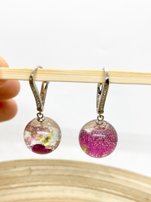 Cercei sfere cu inimiore handmade 6