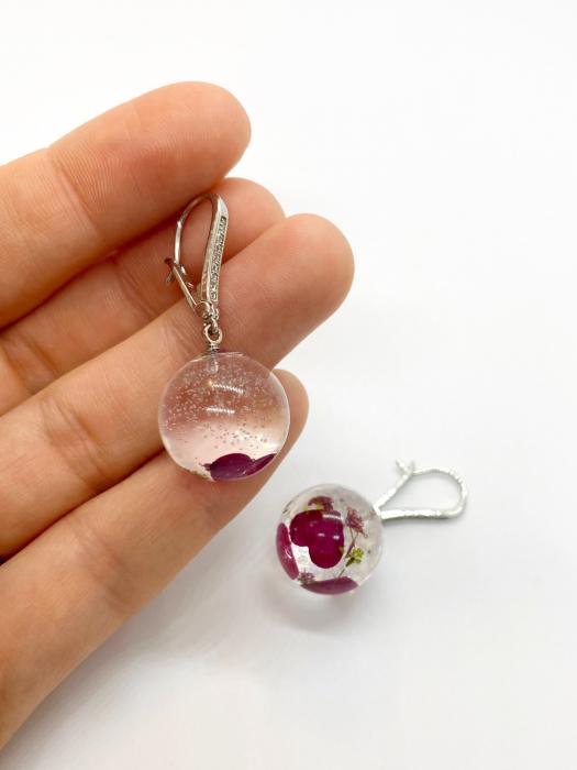 Cercei sfere cu inimiore handmade 4