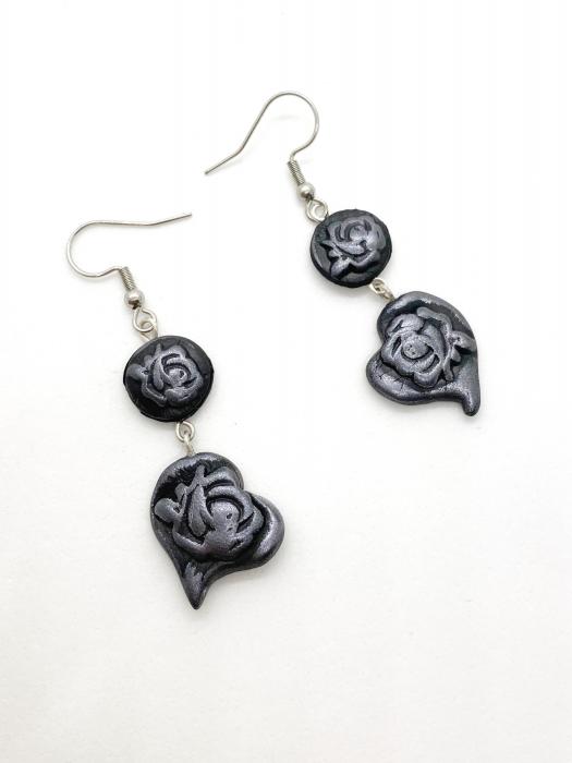 Cercei cu trandafiri gri handmade 1