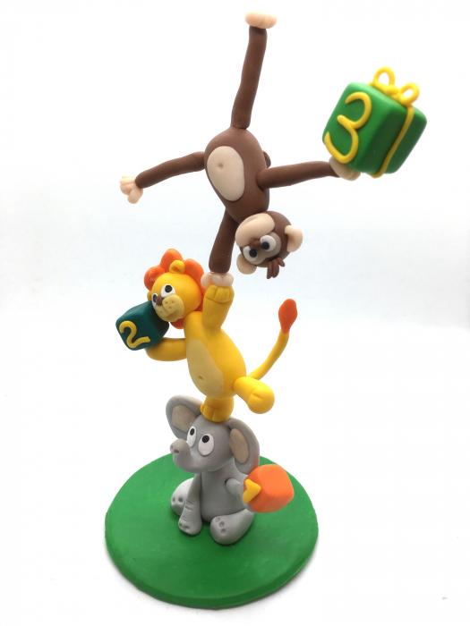 Figurina de tort cu animale - 3 ani - handmade [0]