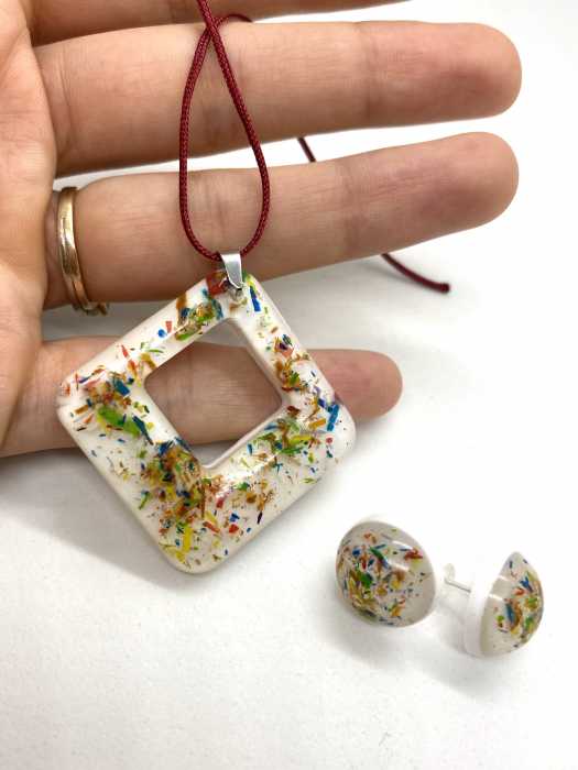Set de bijuterii cu mina de creion [3]