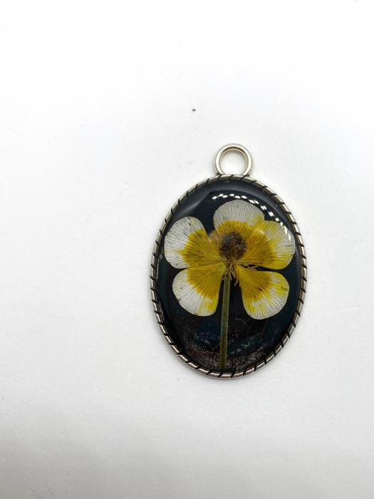 Pandantiv cu floare [3]