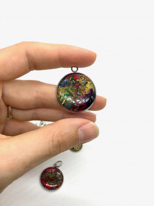 Set bijuterii cu creioane colorate 1