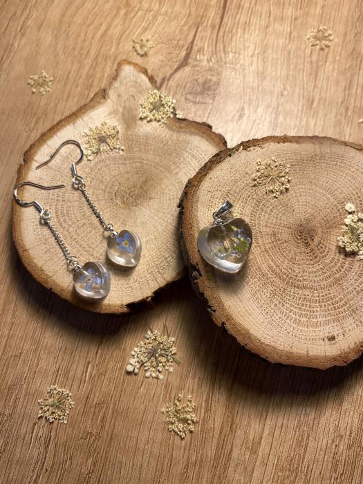 Set de bijuterii din rasina cu flori de nu ma uita 3