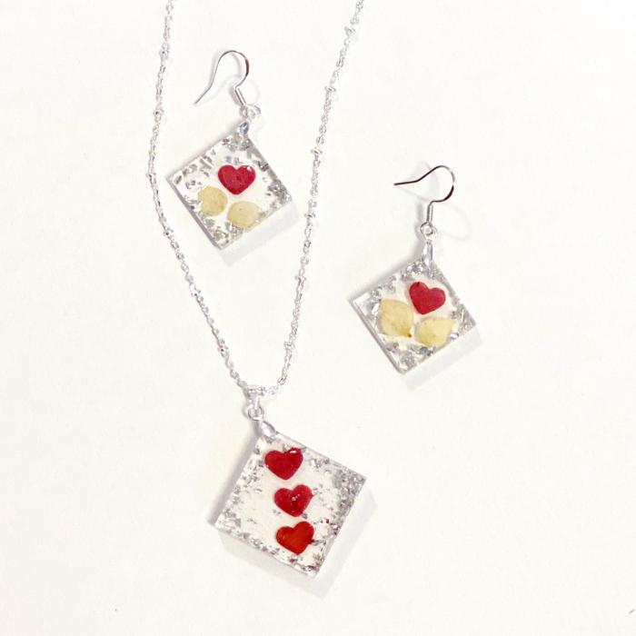 Set de bijuterii cu inimioare din petale de trandafir  - Set bijuterii handmade 0
