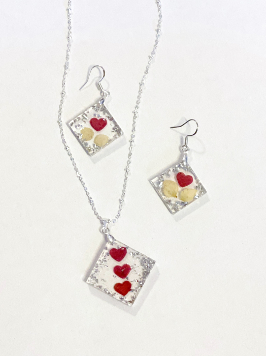 Set de bijuterii cu inimioare din petale de trandafir  - Set bijuterii handmade 1