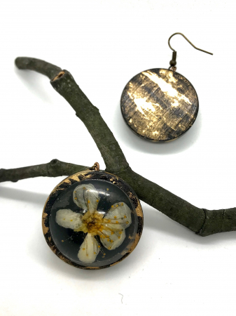 Cercei cu flori de cires - Cercei Handmade [0]