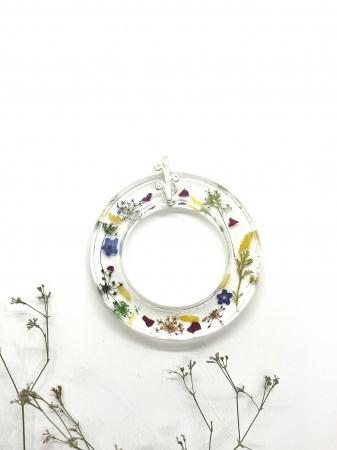 Pandantiv cu flori cercercei [5]