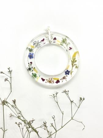 Pandantiv cu flori cercercei [4]