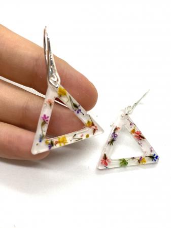 Cercei triunghi cu flori montati in argint - Cercei Handmade [0]