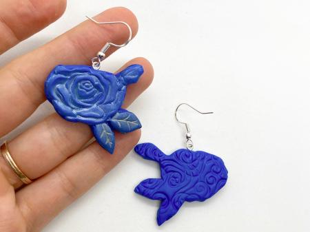 Cercei cu trandafiri albastri - handmade [2]
