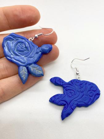 Cercei cu trandafiri albastri - handmade [1]