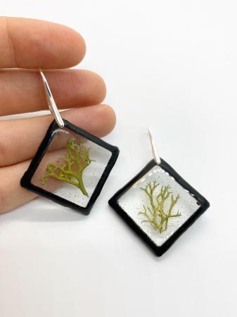 Cercei romburi cu licheni si agatatoare din argint0