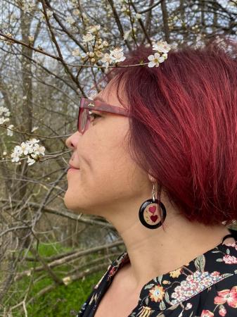 Cercei cu inimoare din petale de trandafir9